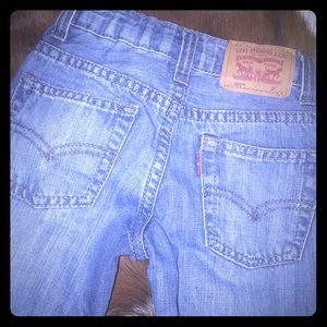 Toddler Levi's 2T 👖